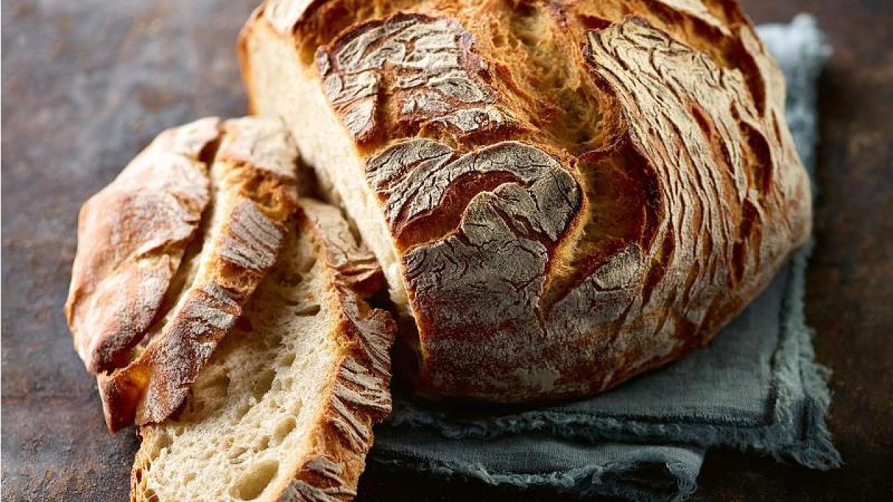 Bis zu neun Tagen frisch: So hält dein Brot besonders lange – Video
