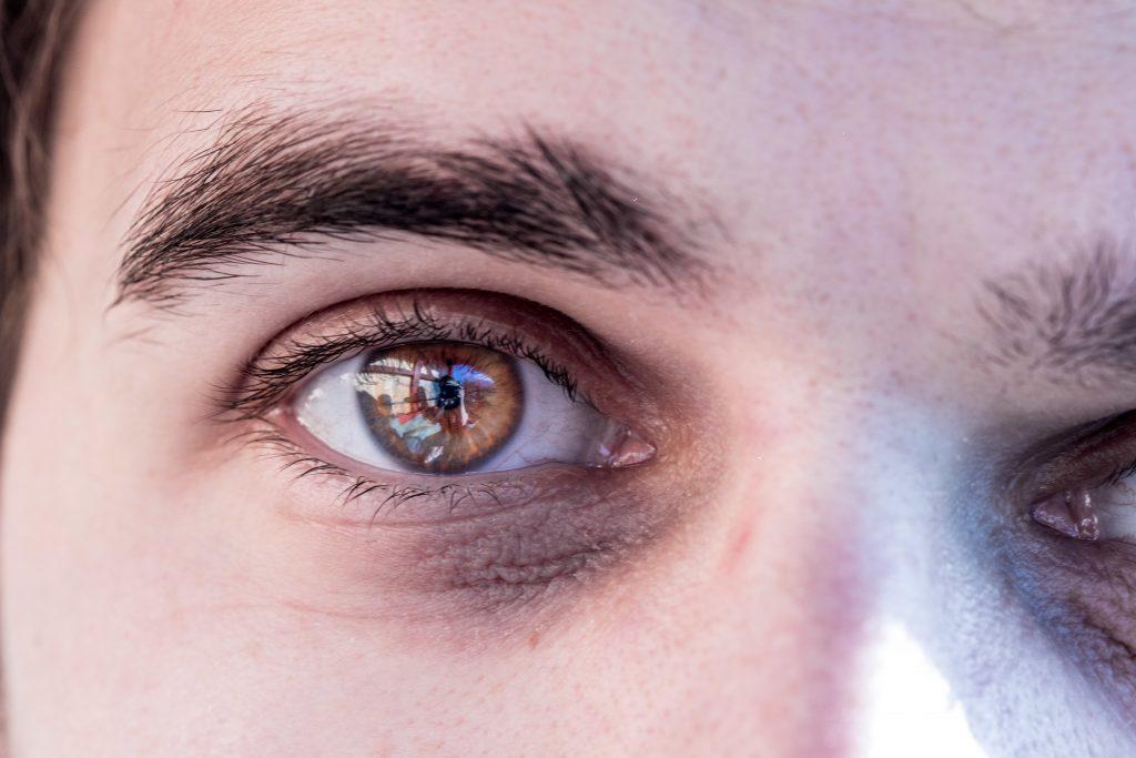 Forschung: Die Augenfarbe kann für eine Winterdepression verantwortlich sein