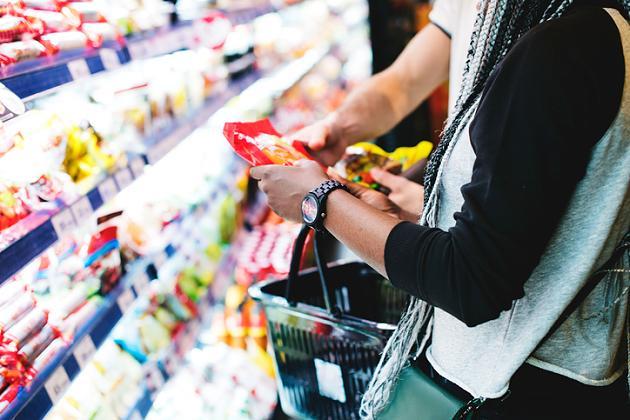 Dreiste Abzocke? Veganer Käse ist sechsmal teurer – trotz billiger Inhaltsstoffe
