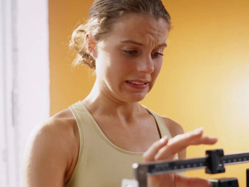 Wie Sie den Kopf ab schleichende Gewichtszunahme