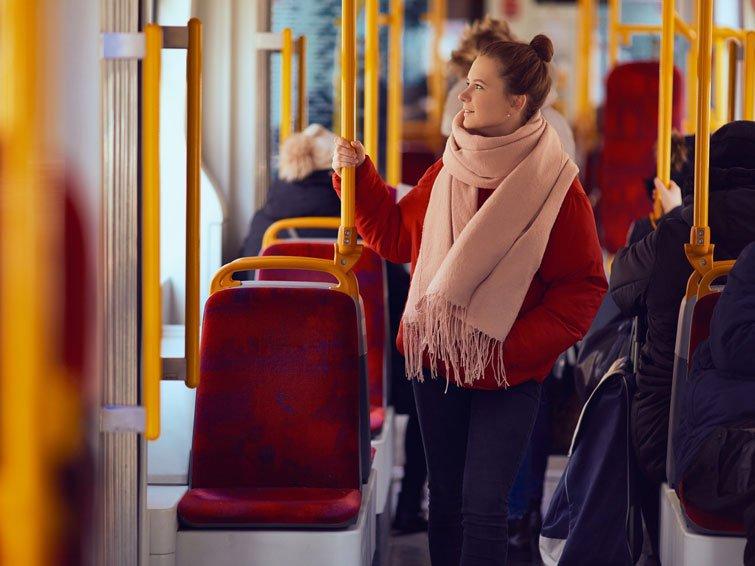 Wer mit Bus und Bahn fährt, bleibt schlank