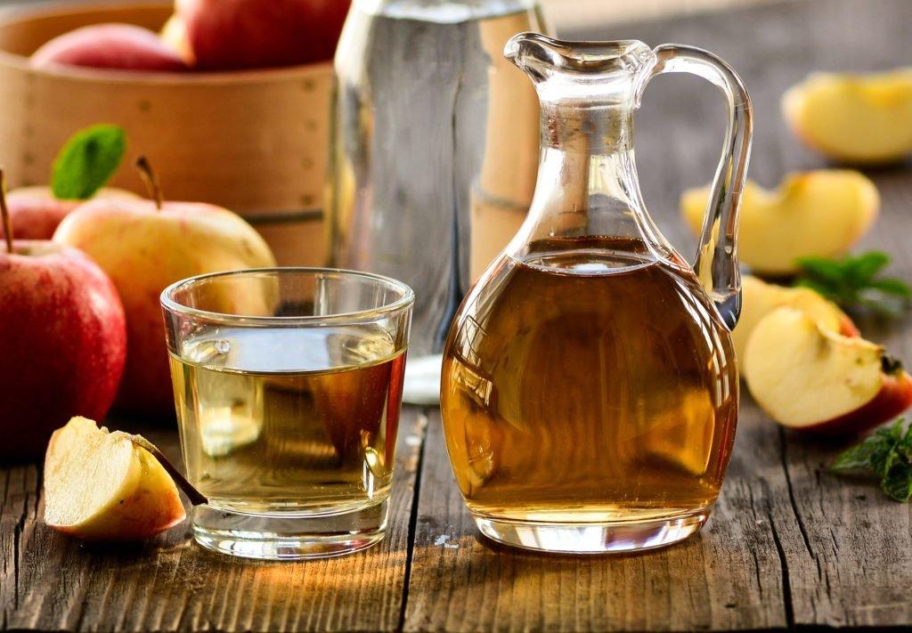 Diät-Helfer: Apfelessig regt den Stoffwechsel an und fördert hierdurch das Abnehmen