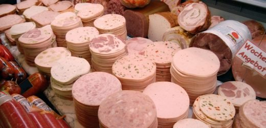 Aldi ruft Wurst wegen Bakterienbefall zurück – Schwere Durchfall-Leiden drohen
