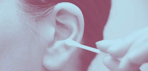Dieser Mann Kam Mit einer lebensbedrohlichen Infektion Von der Reinigung über die Ohr Mit einem Wattestäbchen