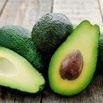 Sind Avocados tatsächlich so gesundheitsfördernd und welche Risiken bestehen?