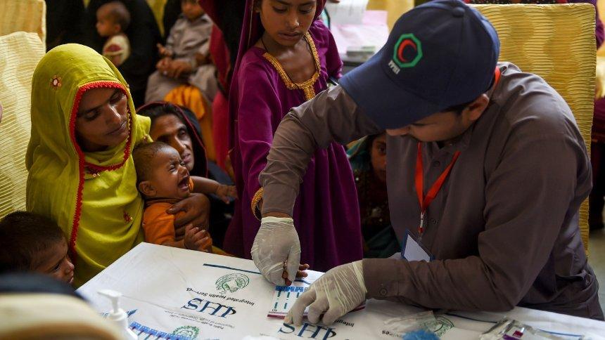 Hunderte Kindermit HIV infiziert