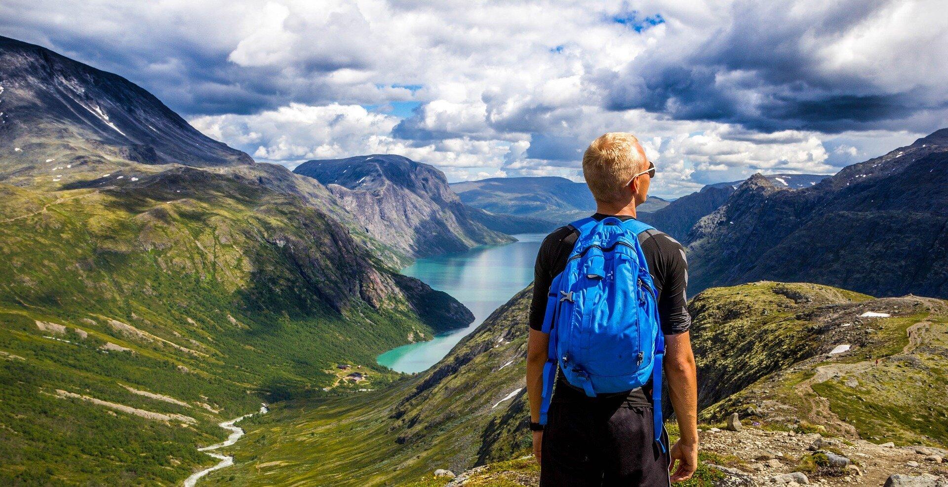 Die reichen überleben, die Armen in beide Norwegen und den USA