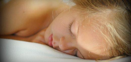 Kinder, die nap sind glücklicher, excel akademisch und haben weniger Verhaltensprobleme: Studie