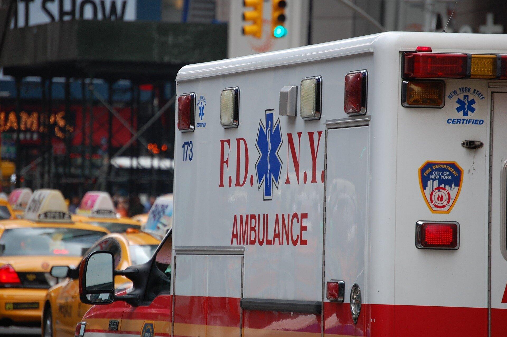 Krankenhäuser können umleiten Krankenwagen zu vermeiden, die Behandlung von bestimmten Patienten