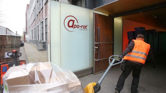 Zur Rose bleibt in den roten Zahlen und streicht Arbeitsplätze in Deutschland