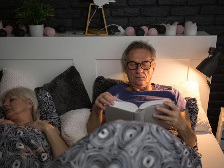 Schlafstörungen erhöhen das Risiko für Herzinfarkt und Schlaganfall