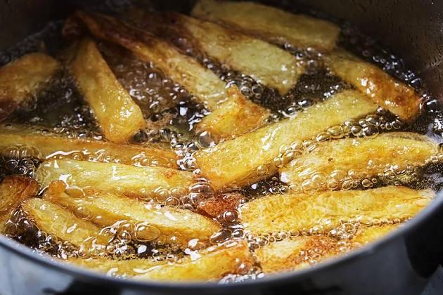 Pommes, Chips & Co.: So schlecht sind Transfette für den Körper
