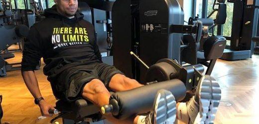 Tutorial vom Personal Trainer: So trainierst du deine Oberschenkel mit dem Beinstrecker