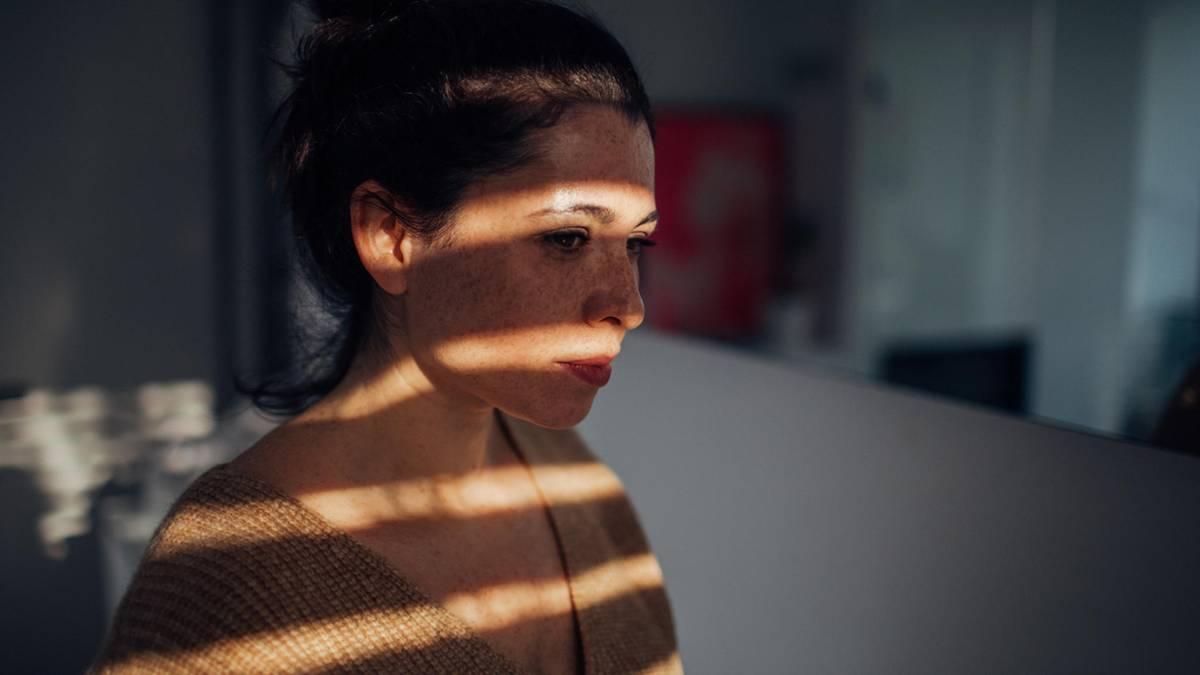 47,2 Jahre – in diesem Alter sind Menschen am unglücklichsten