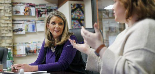 Desinfektionsmittel für Hände, Grippeimpfungen—Unternehmen' Verteidigung gegen Grippe