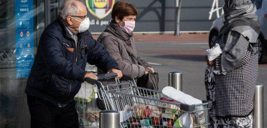 Frau erfindet Atemschutzmaske für Gesichtserkennung