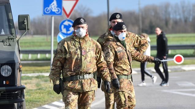 Erster Deutscher an COVID-19 verstorben, Italien in der Krise
