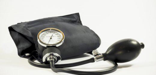 Blutdruck-Bewusstsein und Kontrolle Tarife im Kanadier rutschen erschreckend, besonders unter den Frauen