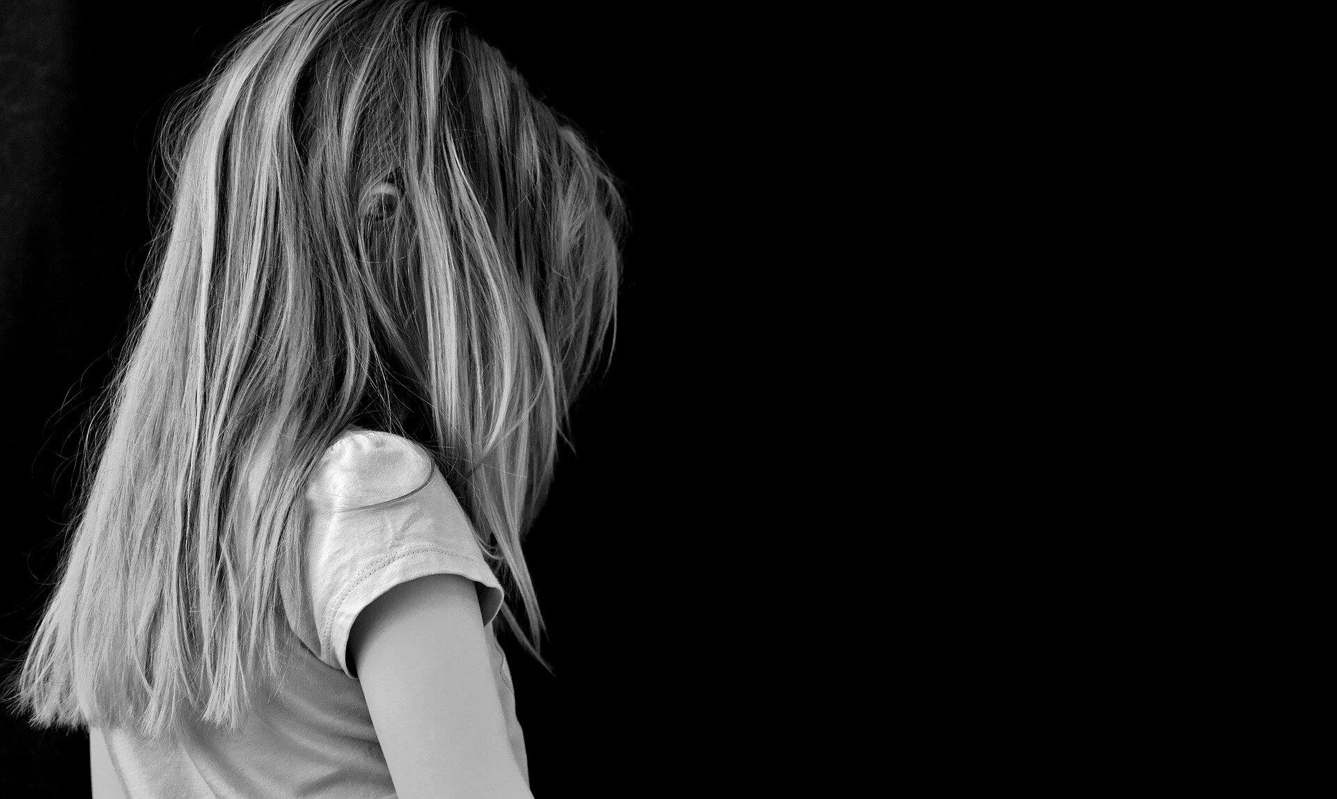 Indirekte schädliche Auswirkungen von COVID-19 an die Kinder und Jugendlichen, die psychische, die körperliche Gesundheit