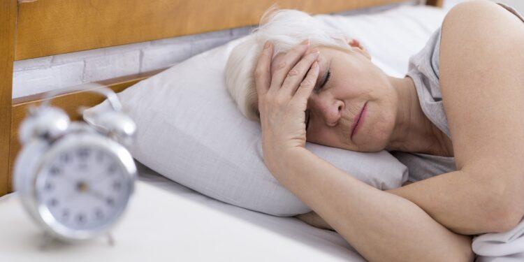 COVID-19: Menschen schlafen länger bei gleichzeitig schlechterer Schlafqualität – Naturheilkunde & Naturheilverfahren Fachportal
