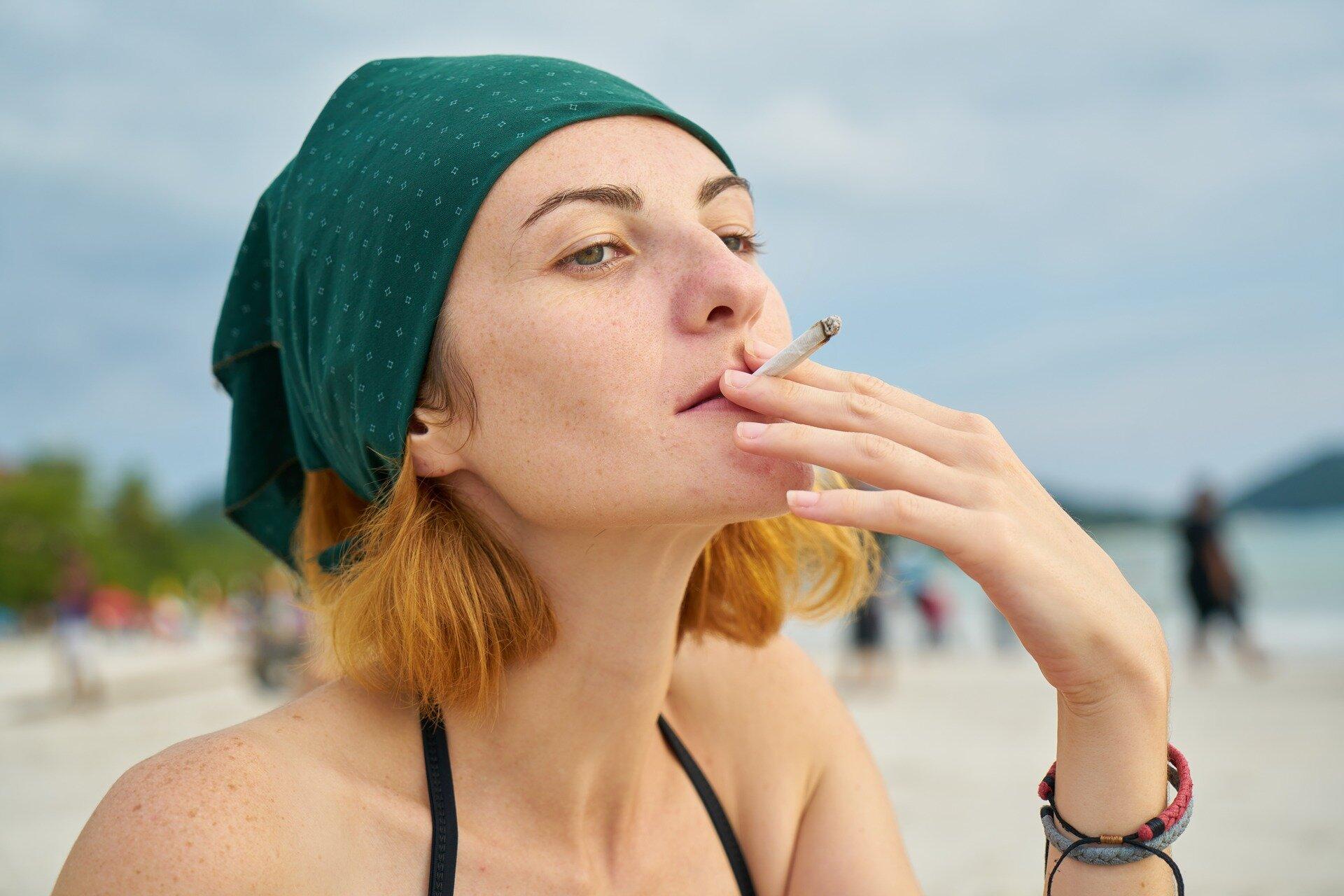 Aussie Rauchen fällt die Geschwindigkeit, Alkoholkonsum stabil, aber die Verwendung von einigen illegalen Drogen ist bis