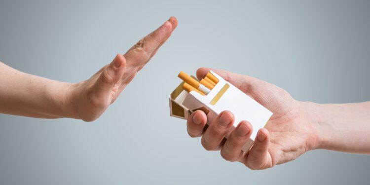 Ex-Raucher nehmen mehr zu, als gedacht   EAT SMARTER