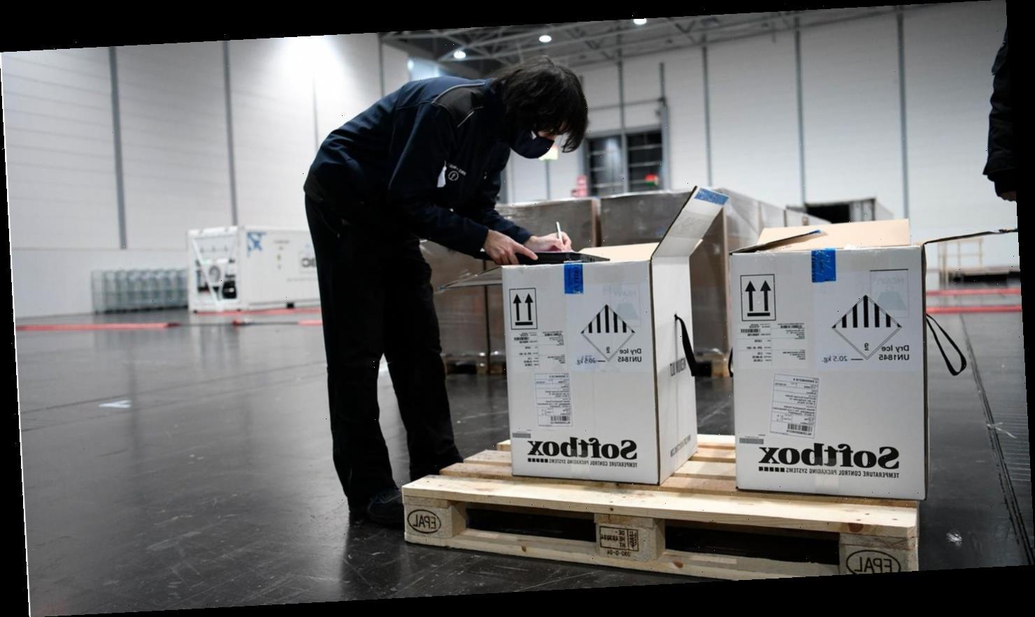 In unscheinbaren Kartons – hier kommt der Impfstoff an