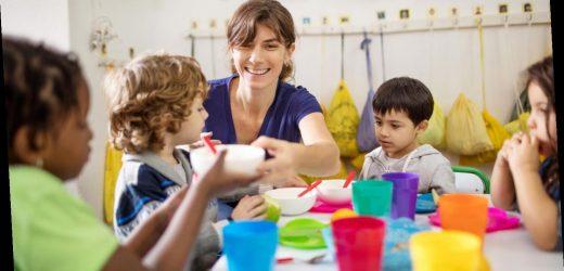 Spahn will zügig Weg für schnelle Impfung von Erziehern und Lehrern ebnen